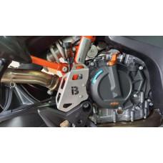 KTM 790 / 890 Rear Brake Hose Protector